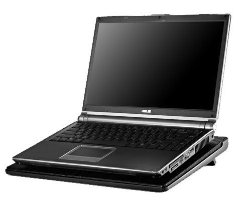 Cooler Master NotePal I300 with laptop