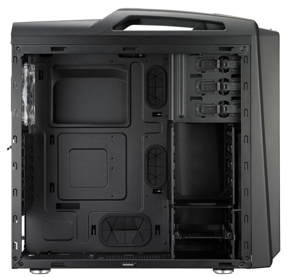 Cooler Master Scout 2 interior