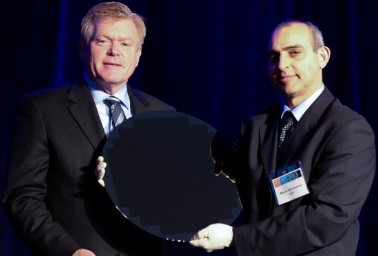 Intel 450mm wafer shown off
