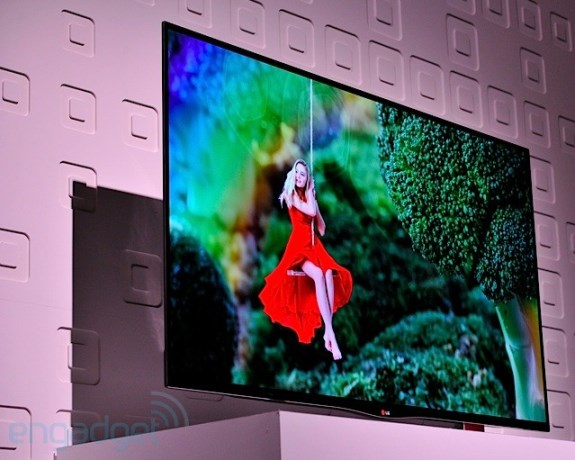 LG 55-inch OLED TV at CES 2013