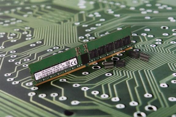SKHynix 16Gb DDR5