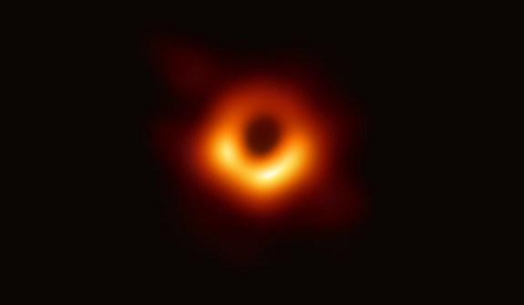 first black hole photo