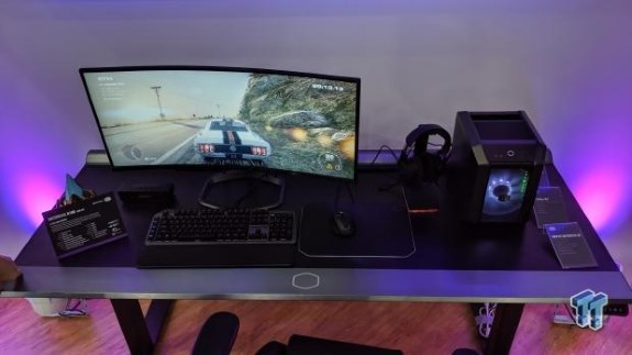 CM gaming desk at Computex