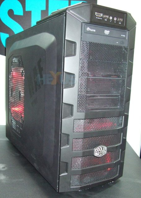 Cooler Master unveils lower-cost cases at CeBIT