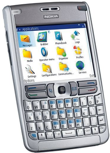 side-by-side photos of the Palm Treo 650 and the new Nokia E61 phone
